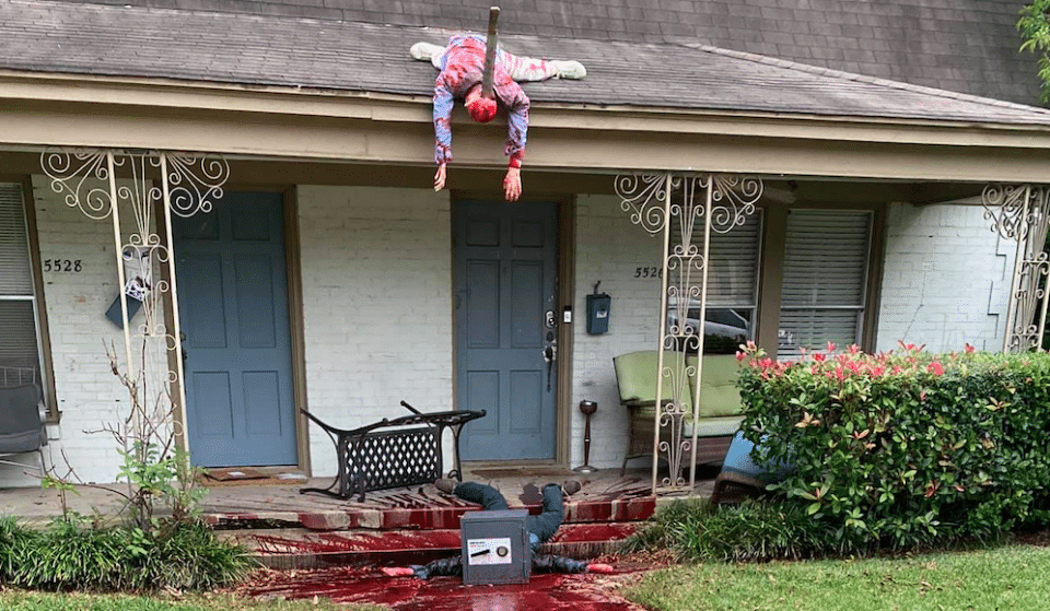 Hyperreal Halloween Yard Display In Dallas Summons Multiple Police Visits