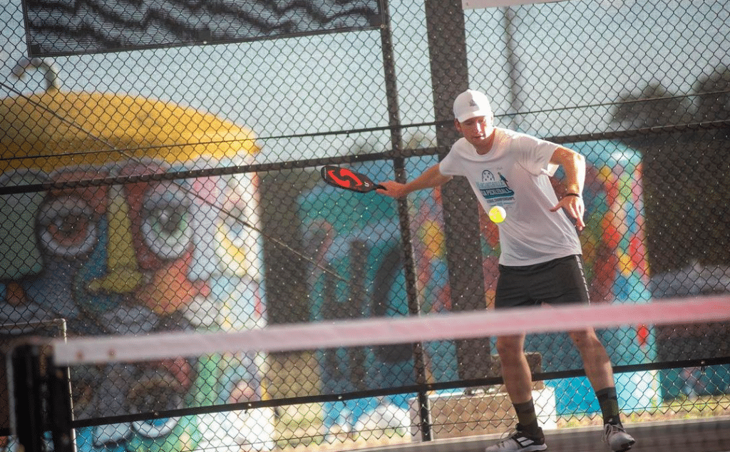New Outdoor Rec Center With Pickleball, Live Music, And Beer Garden, Opens In Austin