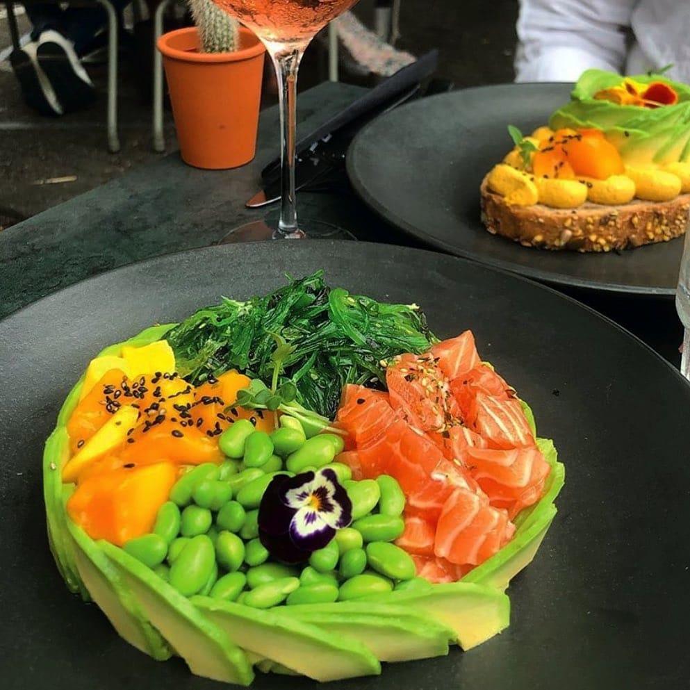 avocado show poke