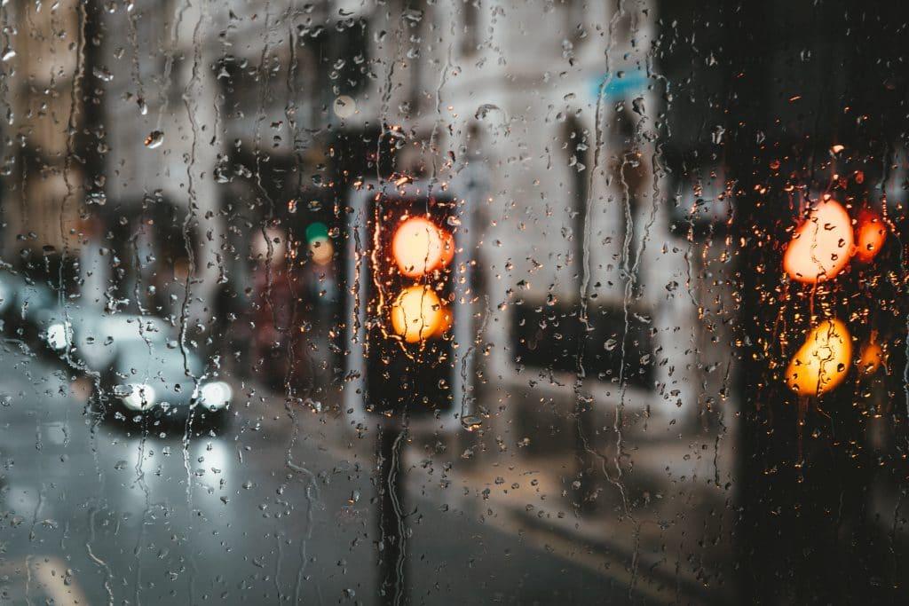 rain traffic lights