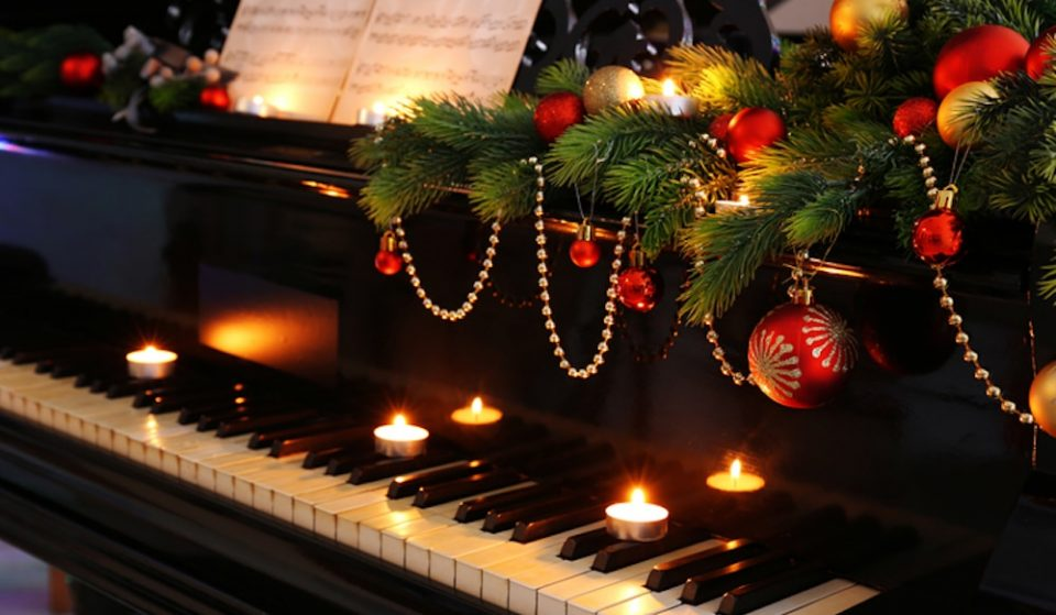 Hear Your Favourite Christmas Hits Performed By Candlelight At This Fab Festive Concert