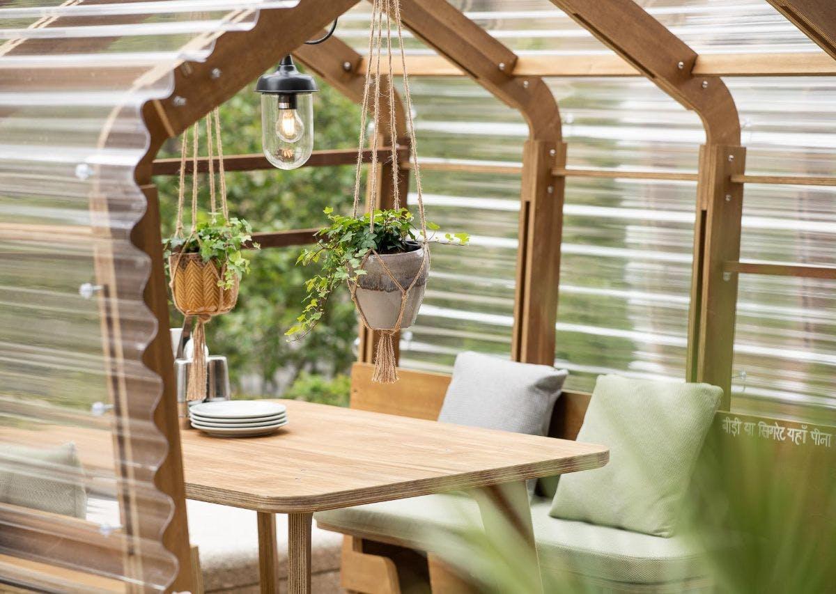 summer-houses-interior-dishoom