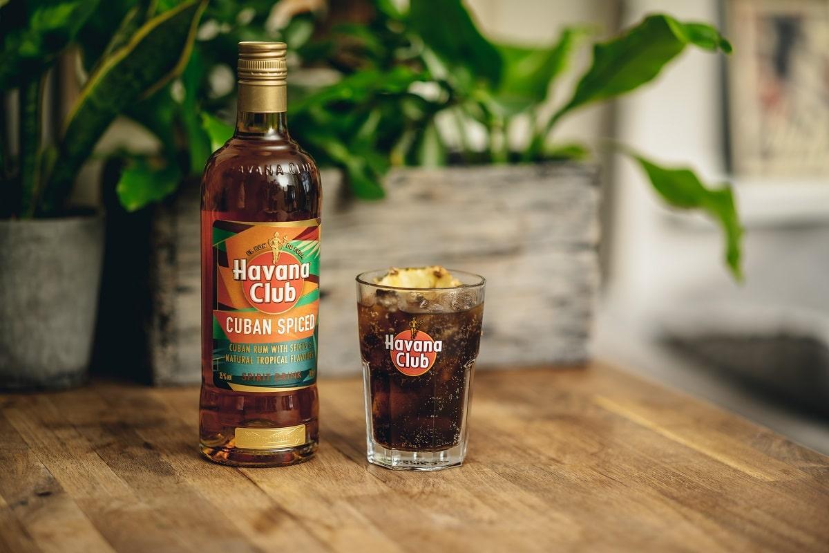 havana-club-spiced-rum-bottle