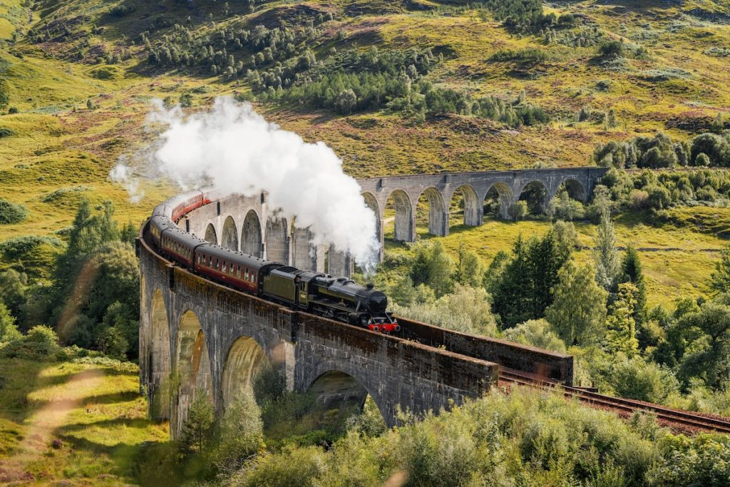 harry-potter-the-exhibition-steam-train