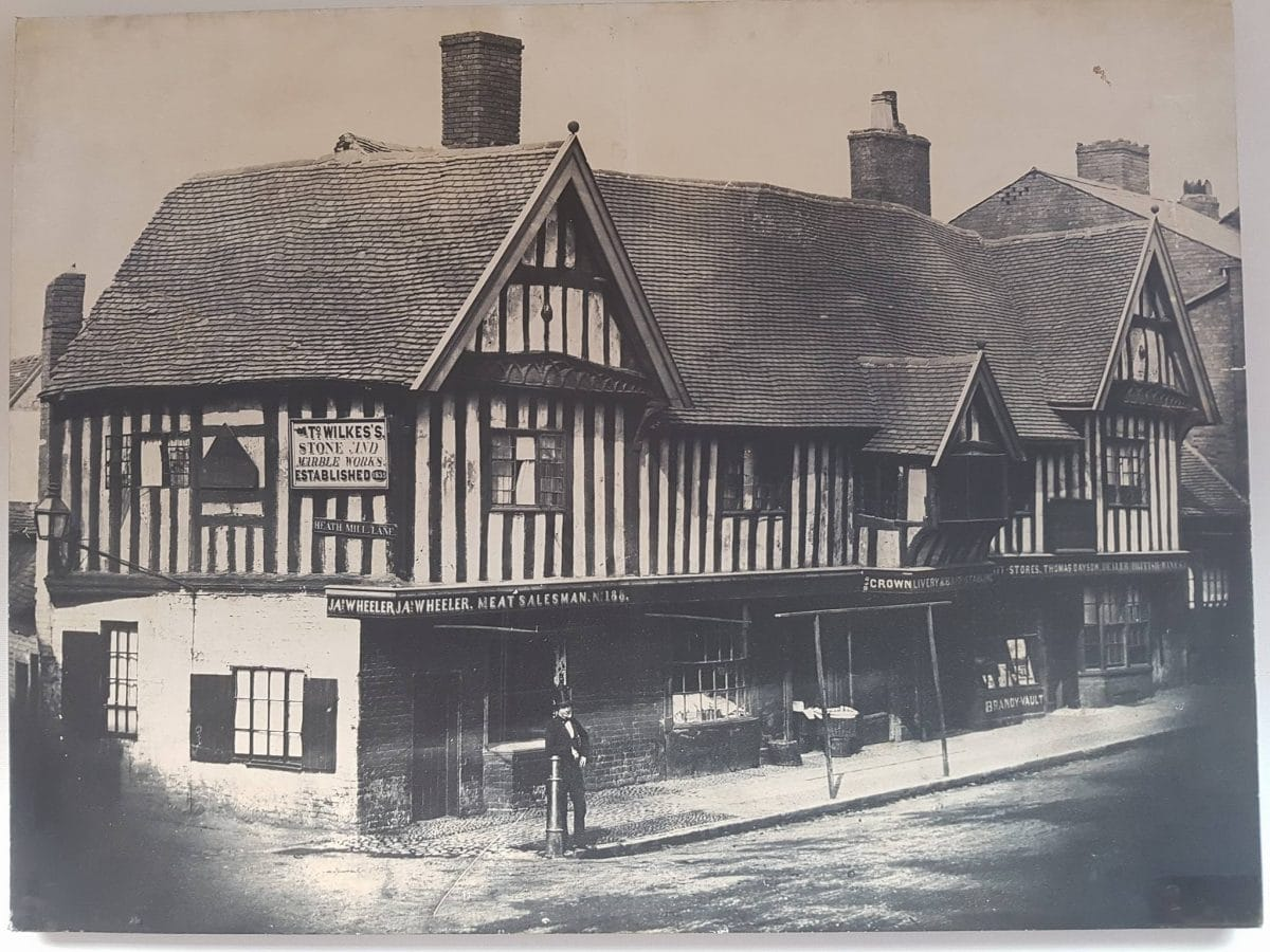 the-old-crown-pub