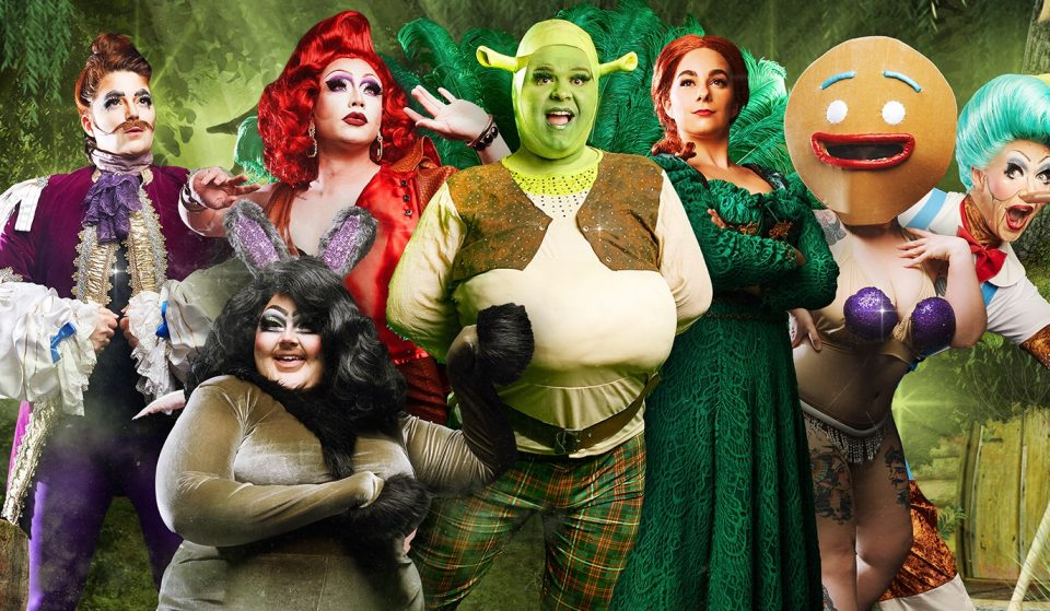 See Shrek In All His Shrekxy Glory At Parody Show Shreklesque In 2022