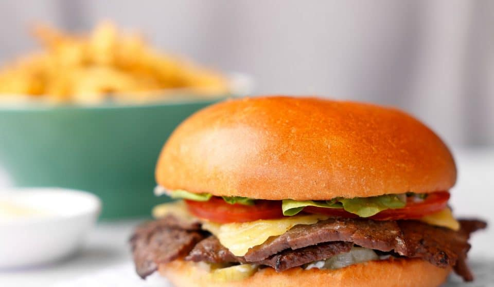 Get Your Hands On These Drool-Worthy Burgers With A Japanese Twist · Motto Motto