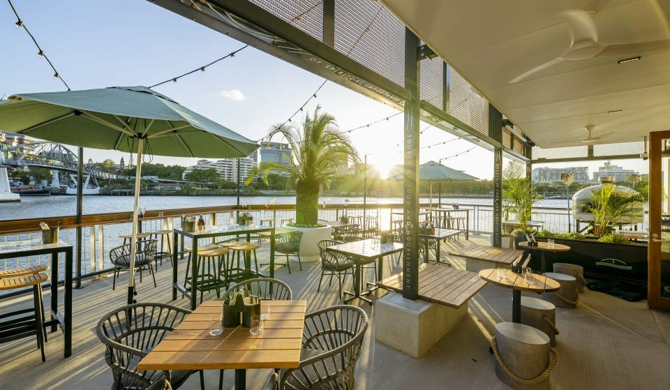This Over-The-Water Bar Is Now Open On Thursdays And They're Doing Pizza And Prosecco Specials · Will & Flow