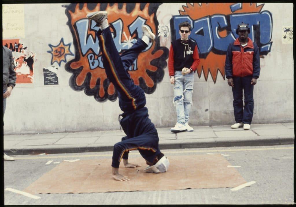 vanguard-bristol-street-art-beezer