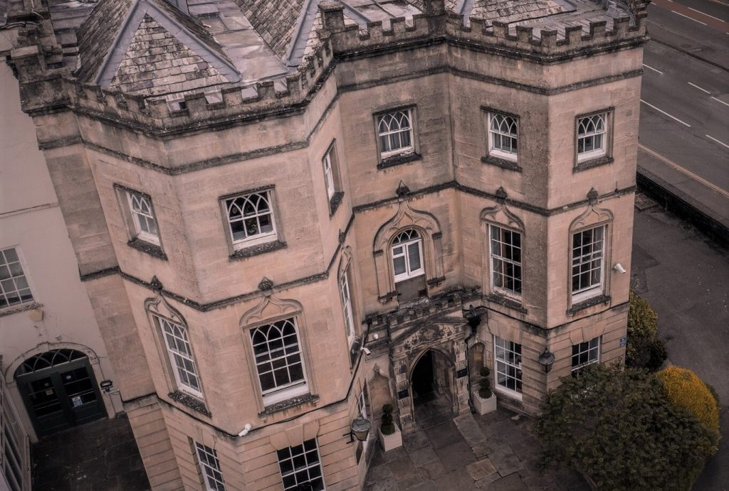 A Live Murder Mystery Set In A Real Haunted Hotel Is Coming To Bristol This Autumn
