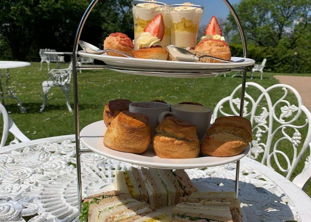 afternoon-tea-tier-berwick-lodge