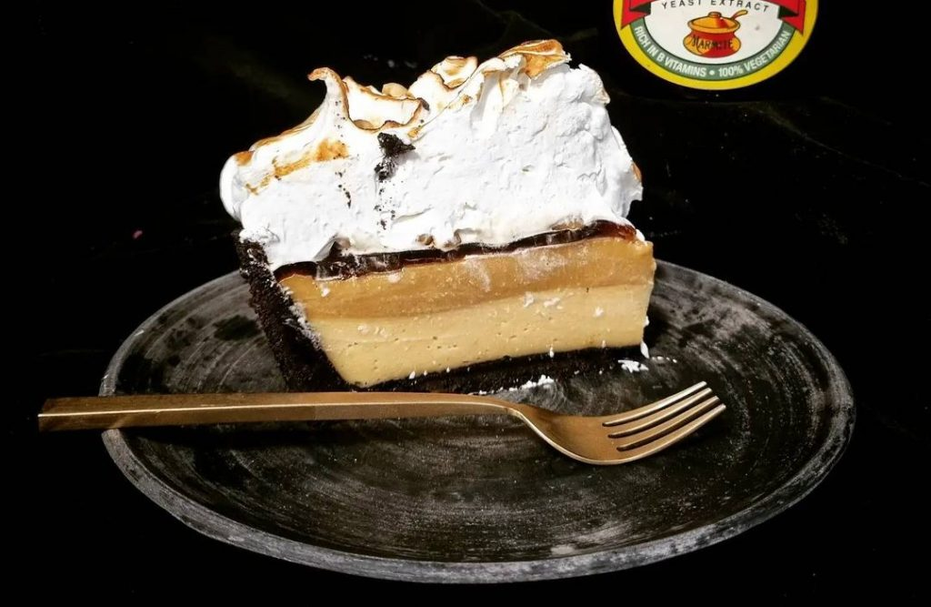 ahh-toots-peanut-marmite-pie