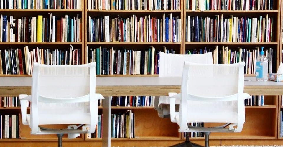 5 Places Every Chicago Writer Needs to Visit