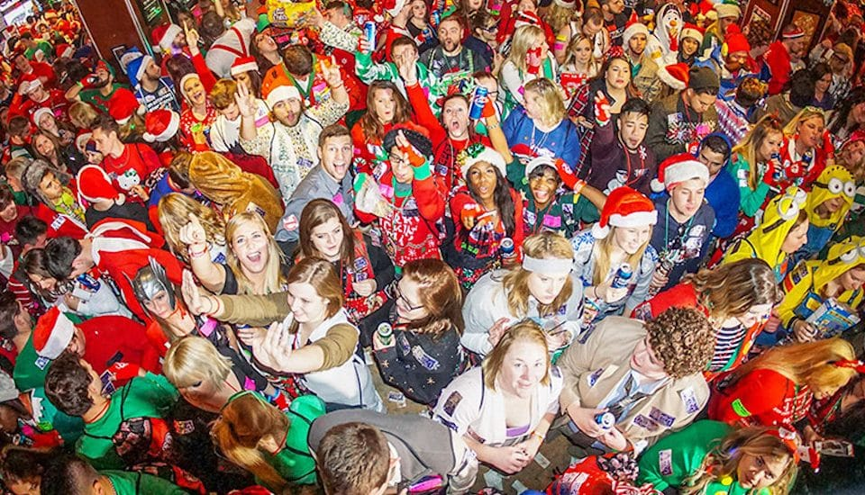 Chicago's Largest Christmas Bar Crawl & Costume Party Is Festive AF • TBOX 2019