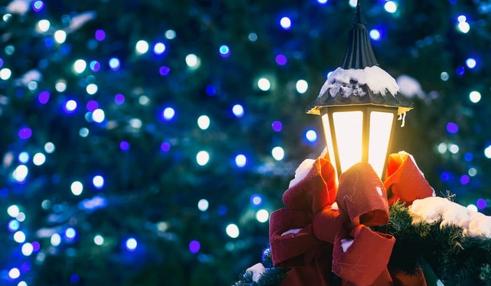 12 Glittering Spots To See Christmas Lights In Chicago