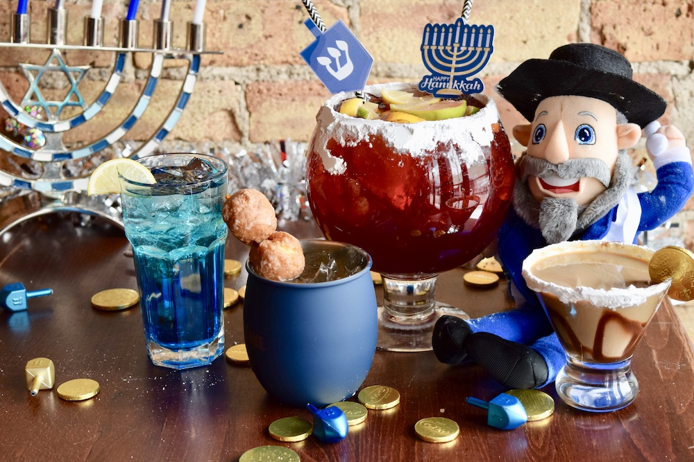 Chicago's First Hanukkah Bar Pops Up In Wrigleyville And It's Got Boozy Donuts! • 8 Crazy Nights