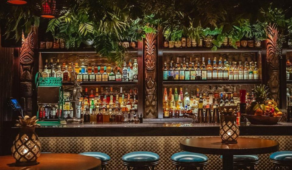 Cosy Down At River North's Tiki Speakeasy • Three Dots And A Dash