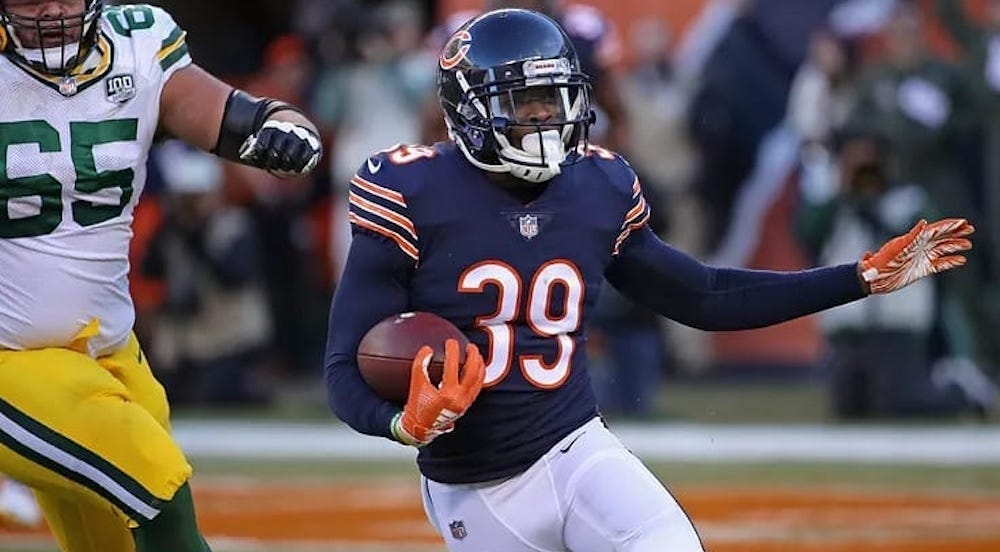 This Chicago Bears Game Day Viewing Party Is A Total Sunday Game-Changer