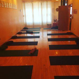 yoga class edgewater