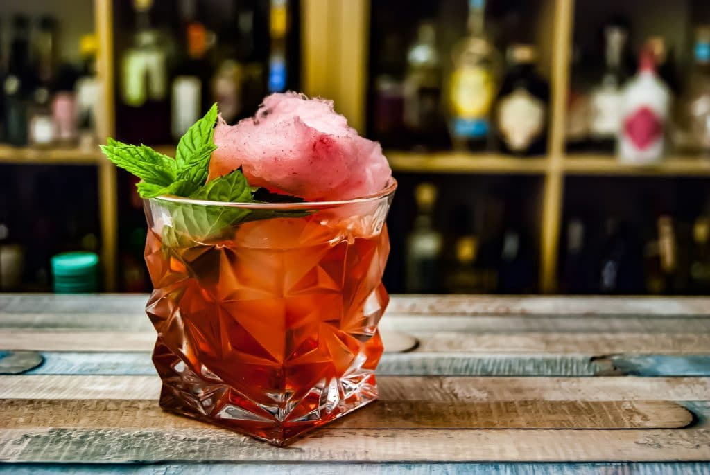 Citizens And Business Owners Petition For The Sale Of To-Go Cocktails Across Illinois