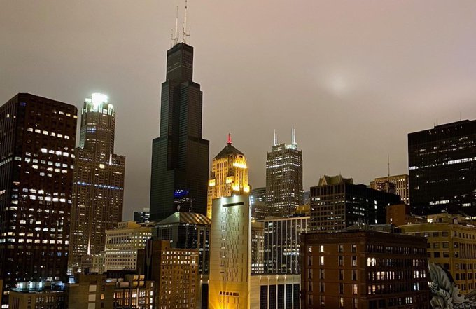 The Weekend Floods Caused The Sears Tower To Go Dark And It Was Really Creepy