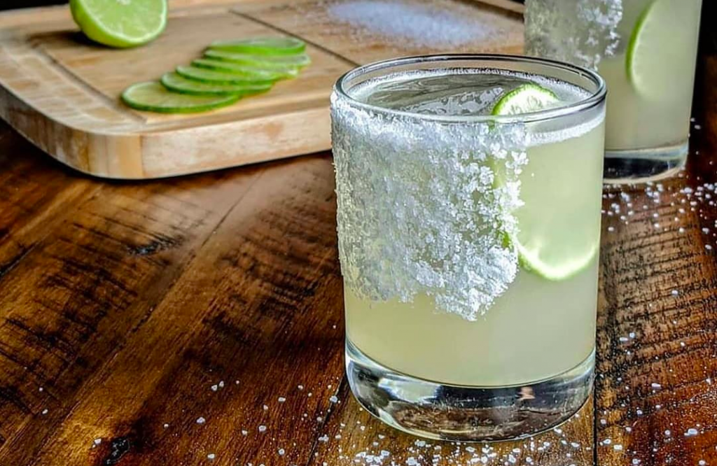 Make Your Own Signature Marg With This Crash Course In Tequila (Ingredients Included!)