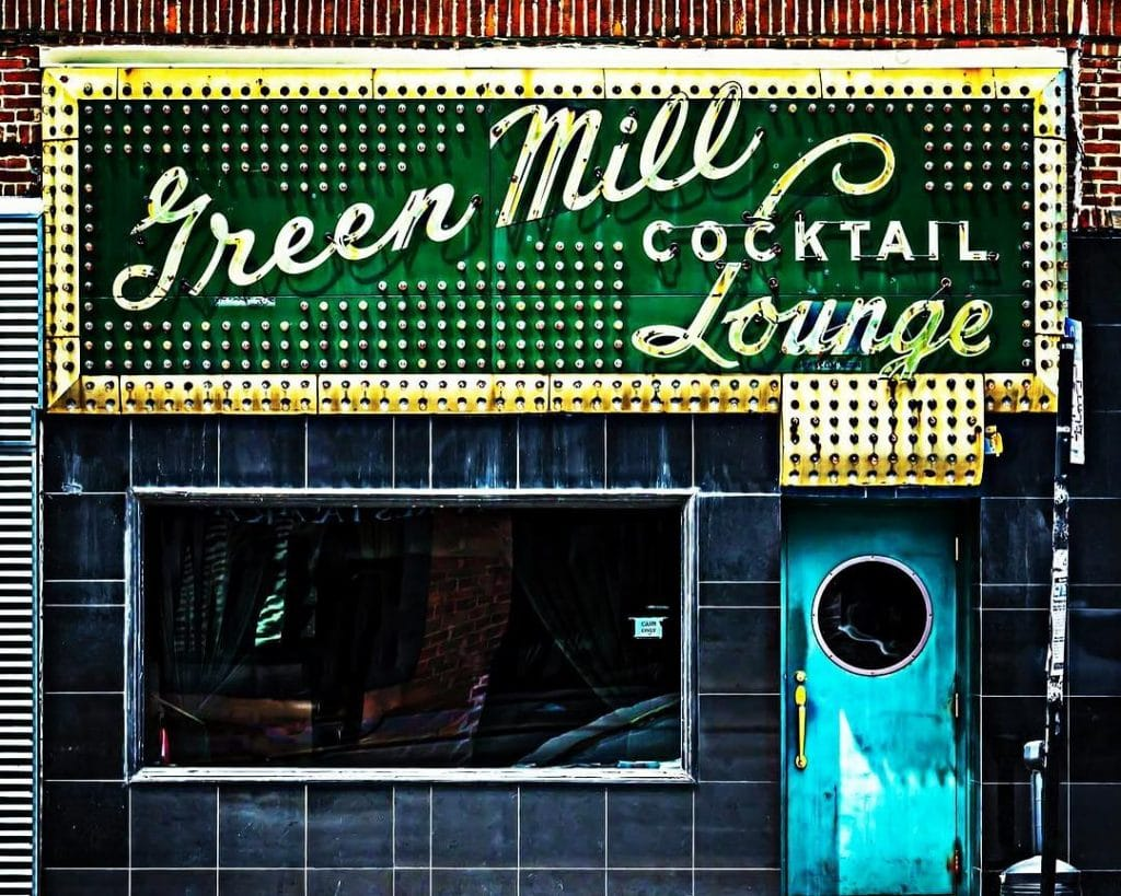The Green Mill Cocktail Lounge Is Bringing Back Its Live Jazz Nights