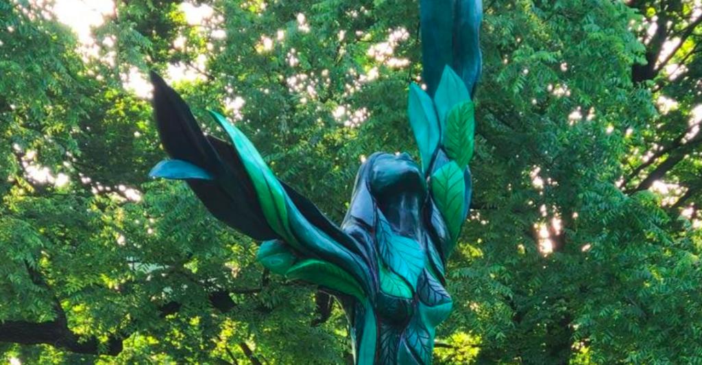 Enchanting New Tree Sculpture Debuts In Jackson Park