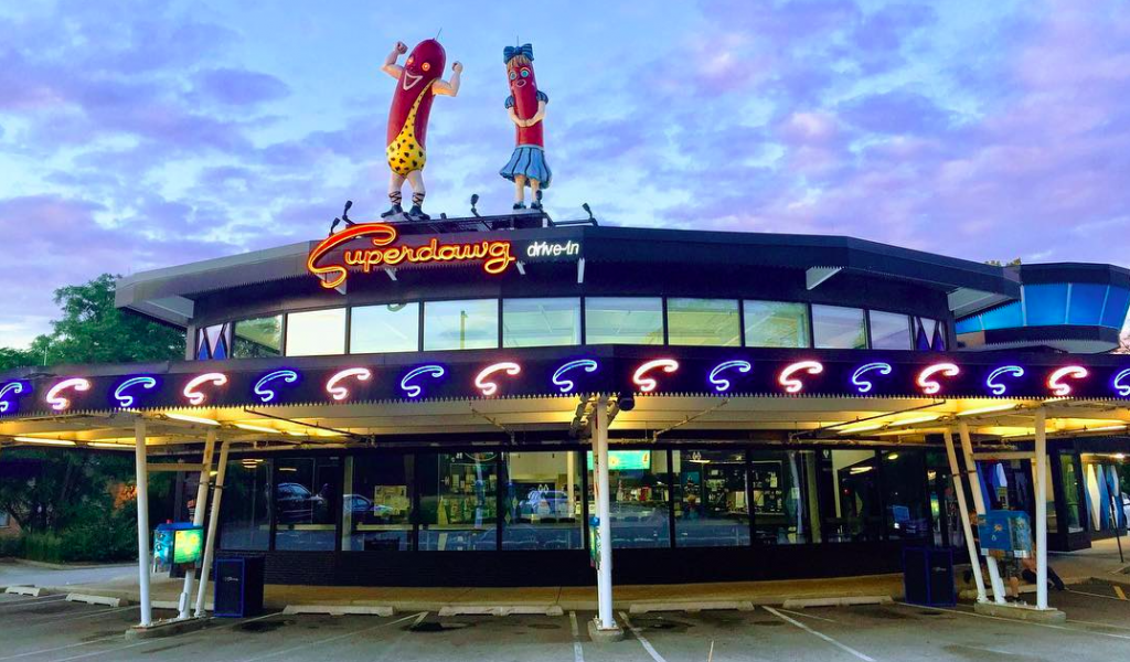 Dine Down On The OG Curbside Service At This Retro Drive-In Restaurant