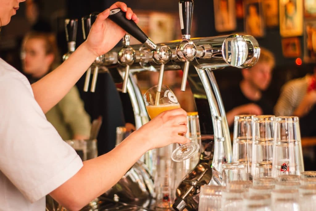 Chicago Bars And Breweries Will Reopen This Wednesday, Lakefront Trail To Reopen June 22