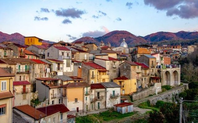 You Can Buy An Abode In This 'Covid-Free' Italian Town For €1