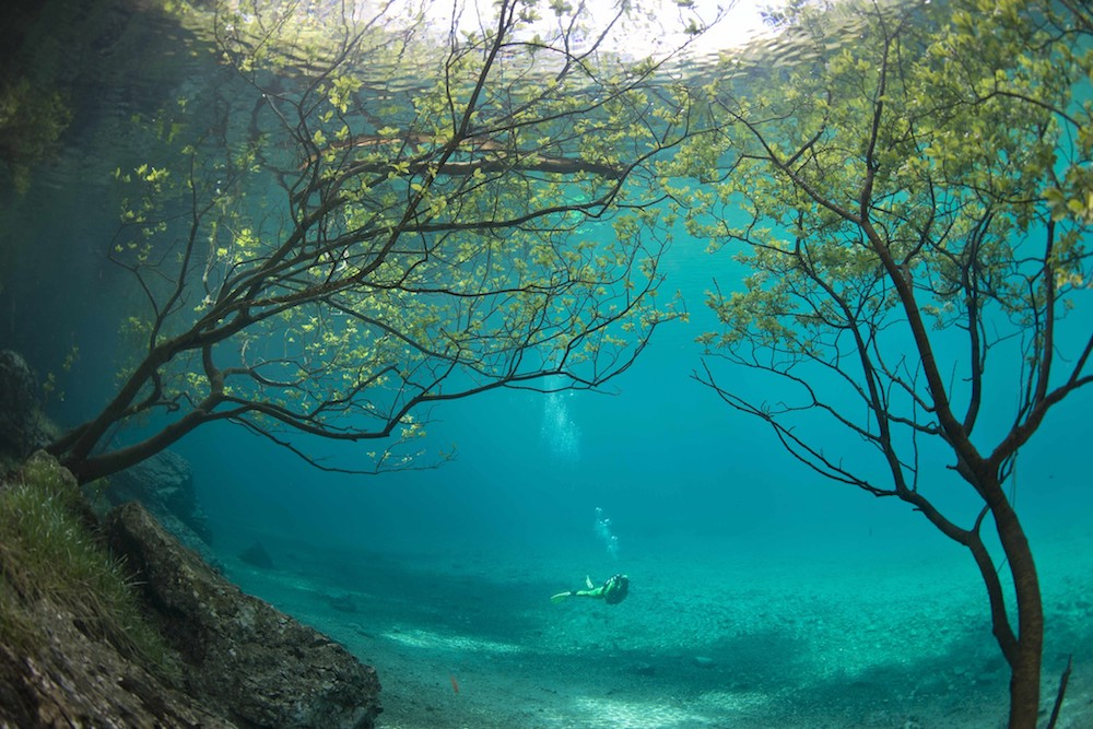 This Beautiful Austrian Lake Turns Into An Underwater Park Every Summer