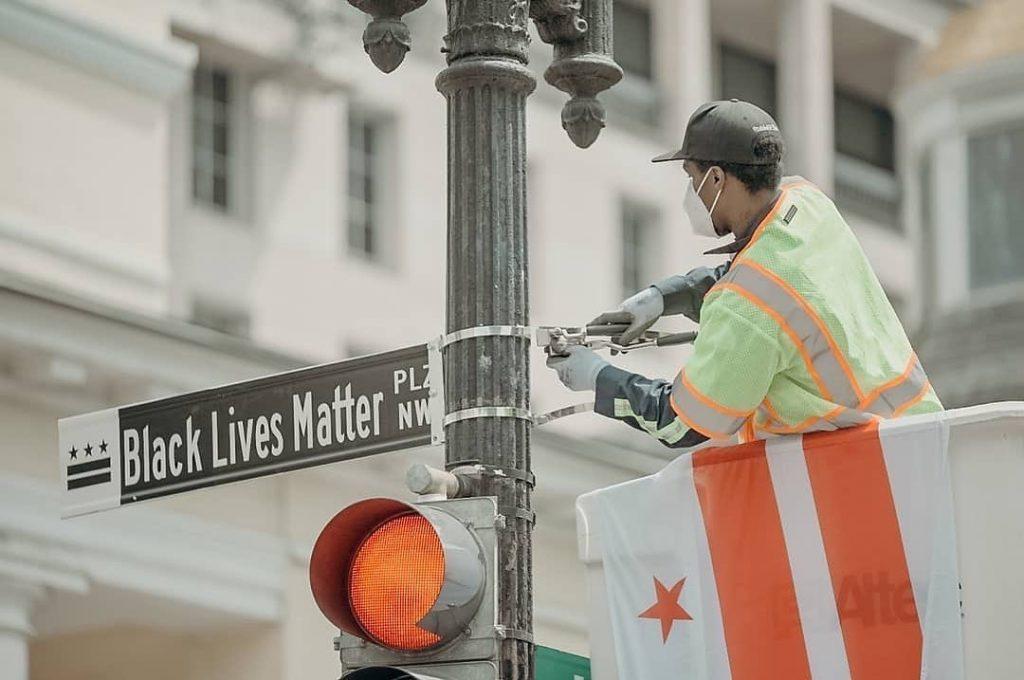 D.C. Mayor Officially Renames White House Street 'Black Lives Matter Plaza'