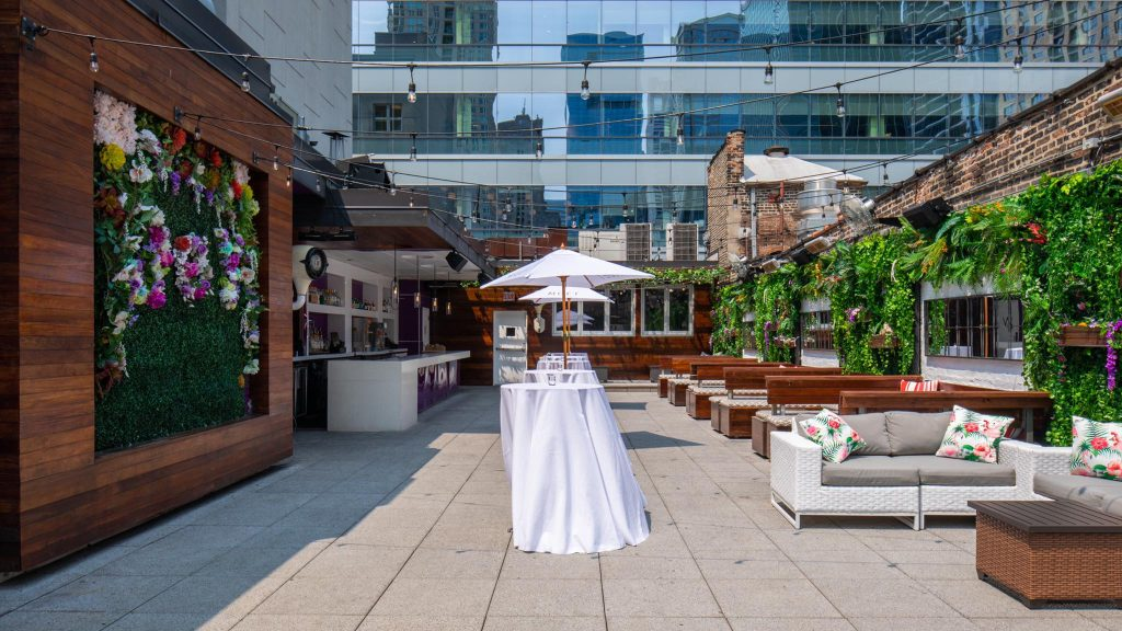 This Rooftop Yoga Class In River North Has A Bottomless Mimosa Brunch