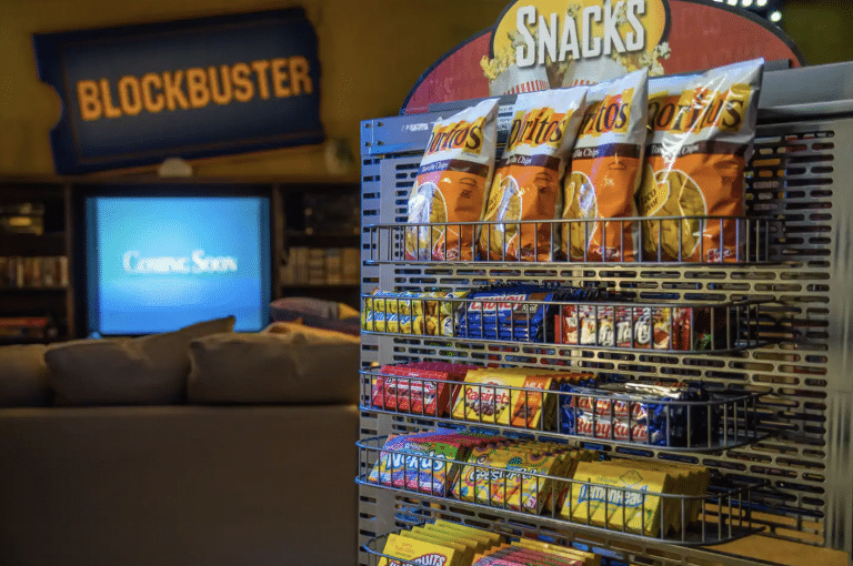 The Very Last Blockbuster Store Has Been Turned Into An Airbnb