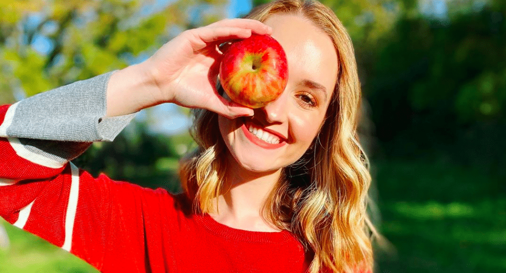10 Of The Best Places To Pick Apples Around Chicago