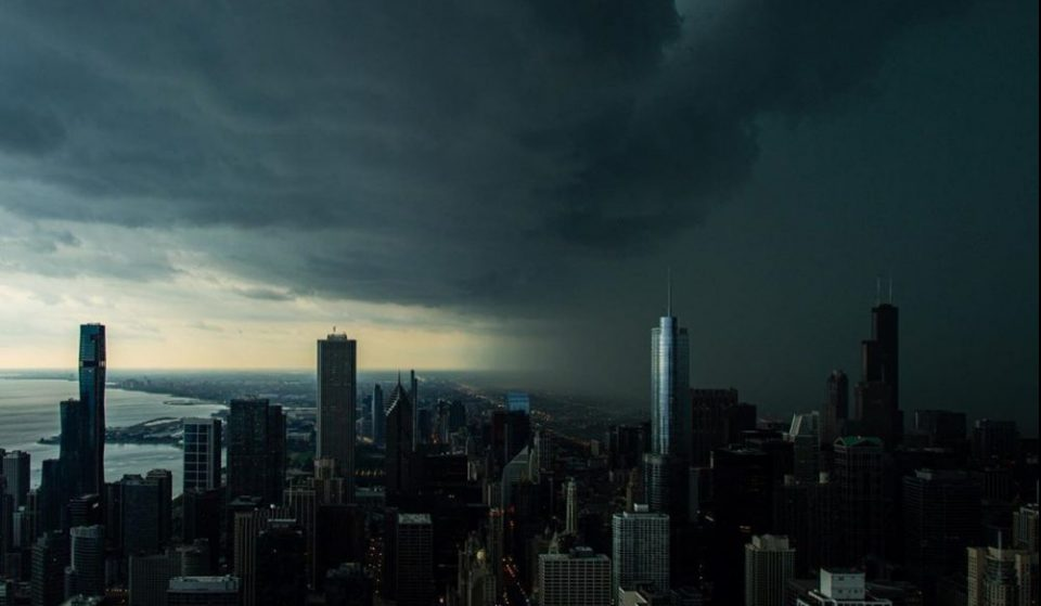 10 Amazing Shots of Last Night's Storm That Are Absolutely Mesmerizing
