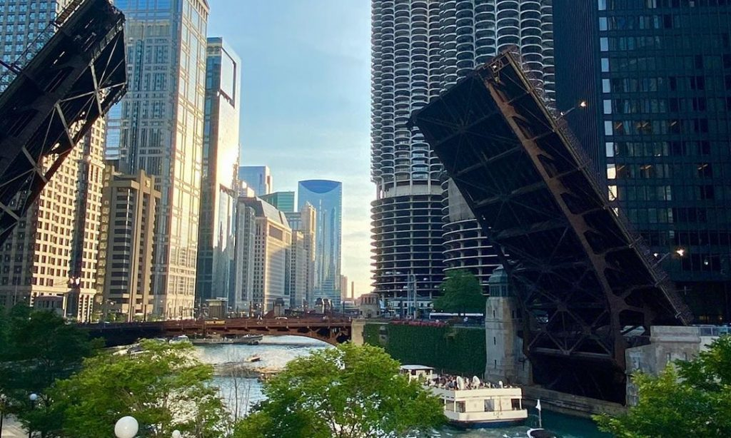 Downtown Chicago To Be Closed Down For The Forseeable Future, City Officials Say