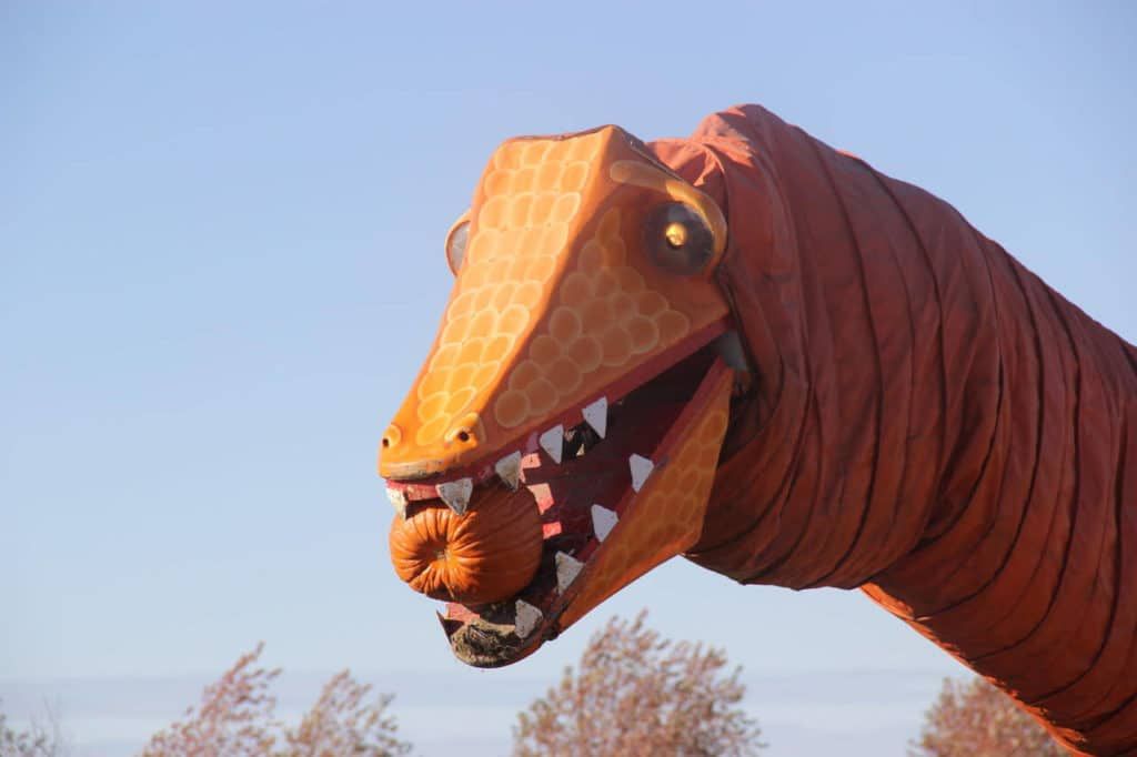 Give The Season's Greeting To The Pumpkin-Eating Dinosaur At This Pumpkin Patch And Apple Orchard