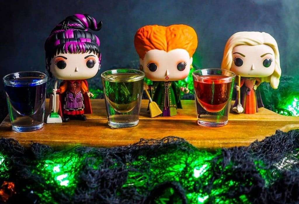A 'Hocus Pocus'-Inspired Cocktail Bar Is Brewing In West Town Chicago