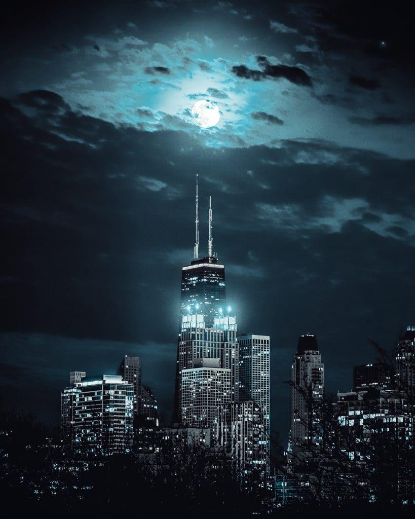 A Big & Bright 'Harvest Moon' Will Light Up Chicago Skies Tonight