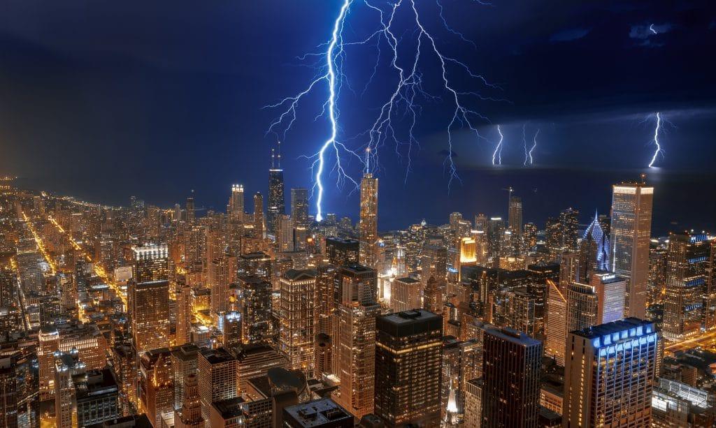 Spellbinding Photos Of Chicago During Last Night's Thunderstorm