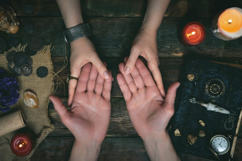 Learn To Interpret The Contours Of Your Palm With This Insightful Palmistry Experience