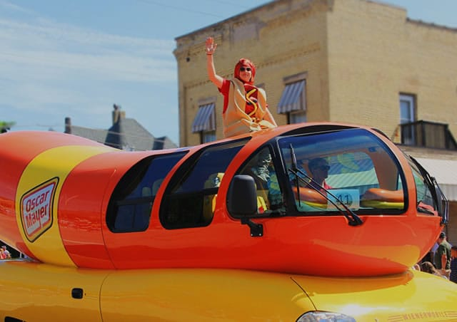 The Iconic Wienermobile Has Arrived In Chicago And They're Looking For Fresh Recruits