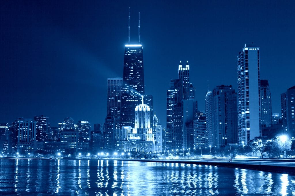 Chicago Will Light Up For COVID-19 Memorial Tonight After Ten Minutes Of Silence