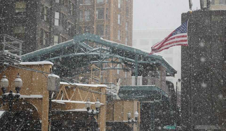 Chicago's Record-Tying Week Of Warm Weather Will Cool With Snow Likely On Monday