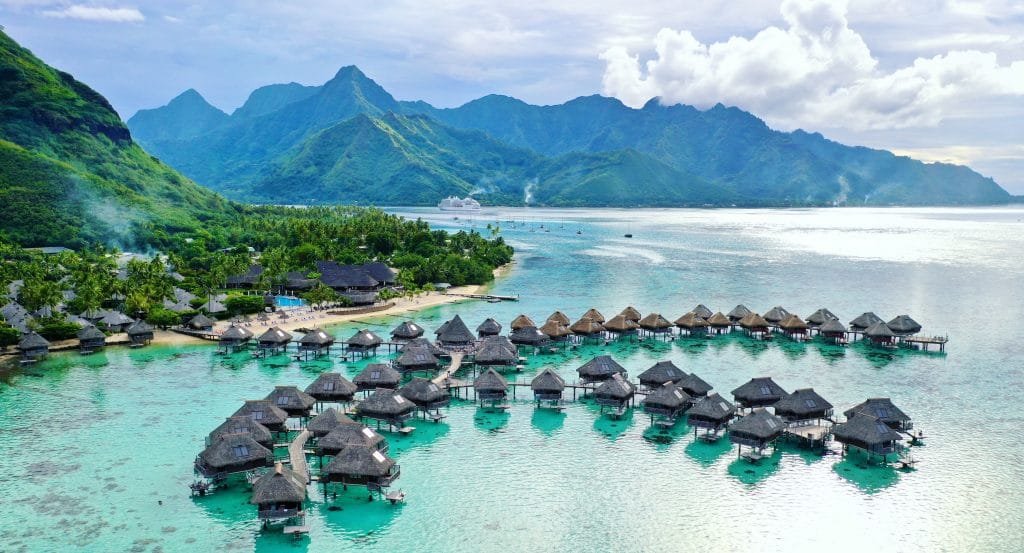 20 Romantic Couple Destinations Worldwide That Will Take Your Breath Away