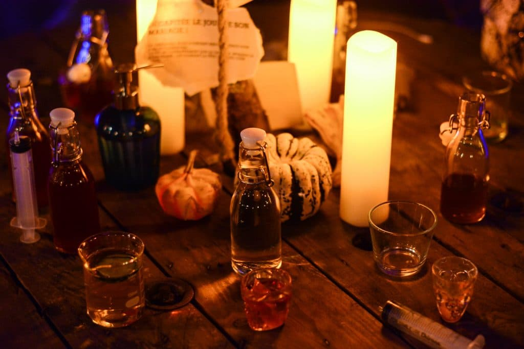 The Sleepy Hollow Cocktail Experience Has Opened Its Doors In Chicago