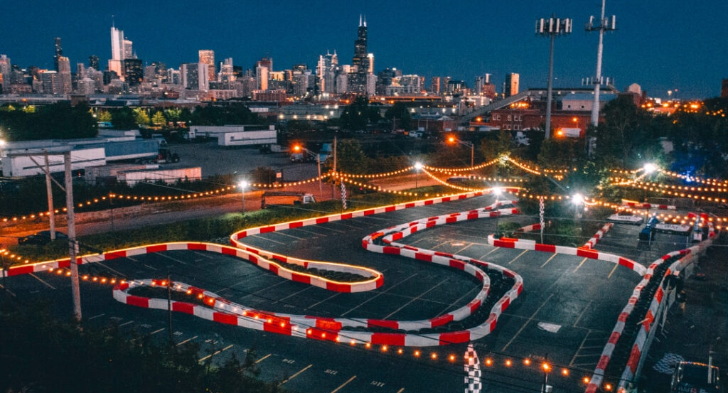 A 'Neon Summer' Outdoor Pop-Up Featuring Go-Karting & Mini Golf Has Opened In Chicago