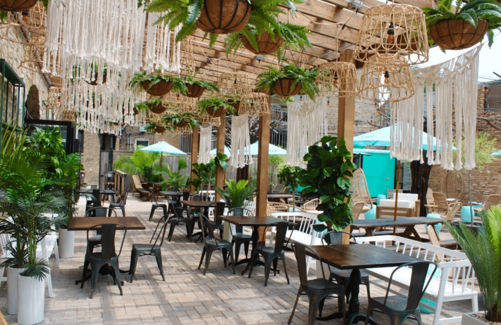 A New Mexican Restaurant Channeling Beachy Tulum Vibes Has Just Opened In Wrigleyville
